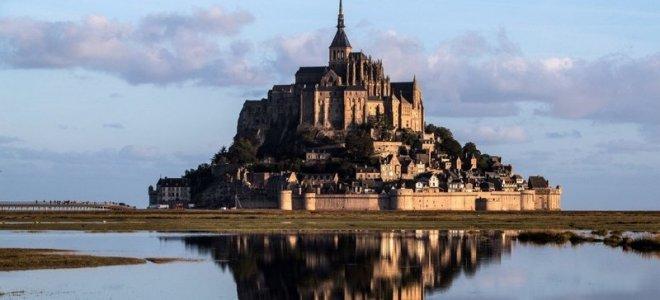 Les secrets des monuments les plus visités de France.